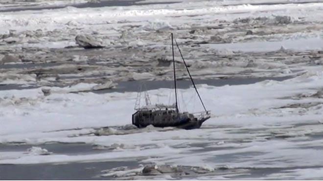 Alaska July 3 arctic-sailor-july-21-alt_altan-girl-trapped1